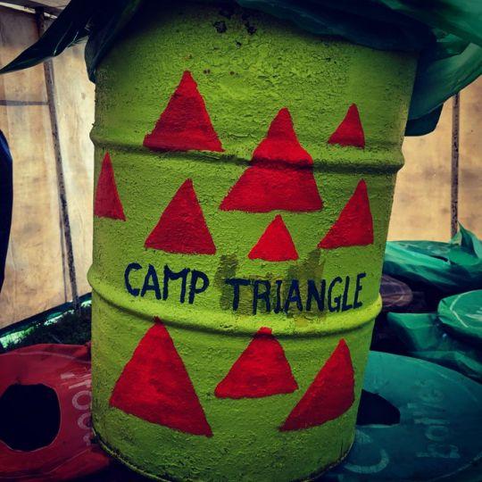 Camp Triangle Glastonbury Bin 2019