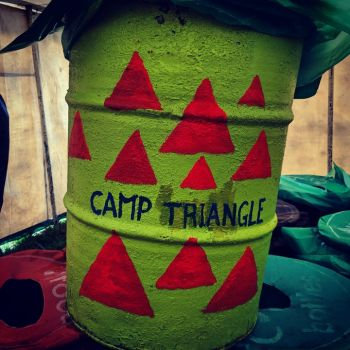 Camp Triangle Glastonbury Bin 2019